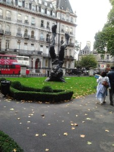 What do you make of THIS London statue? lol